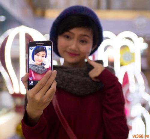 trai-nghiem-smartphone-lenovo-s860-pin-khung-009